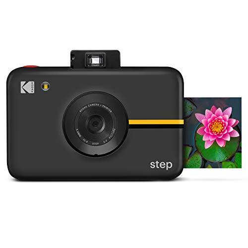KODAK Step Kamera  Digitale Sofortbildkamera mit 10MP Bildsensor, Zink-Technik, klassischem Sucher, Selfie-Modus, Auto-Timer, eingebautem Blitz und 6 Bildmodi   Schwarz, RODIC20AMZB